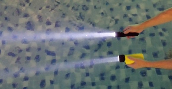Nitecore vs Underwater Kinetics