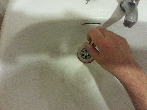 replacing sink strainer