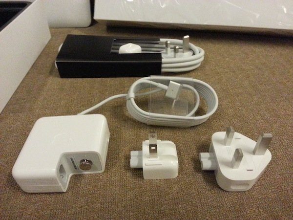 MacBook MagSafe power adapter