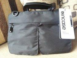 incase sling sleeve for MacBook Air 11-inch