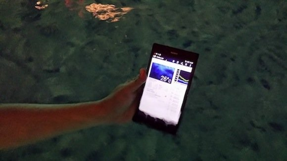 Sony Xperia Z Ultra in the water