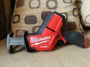 Milwaukee M12 Fuel 2520-20 Hackzall Reciprocating Saw
