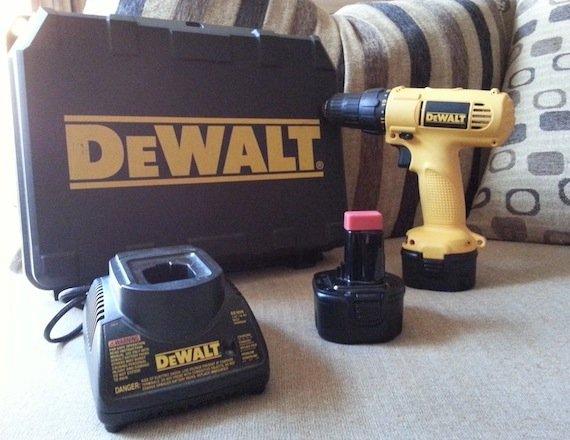 Dewalt DW926 VSR cordless drill driver