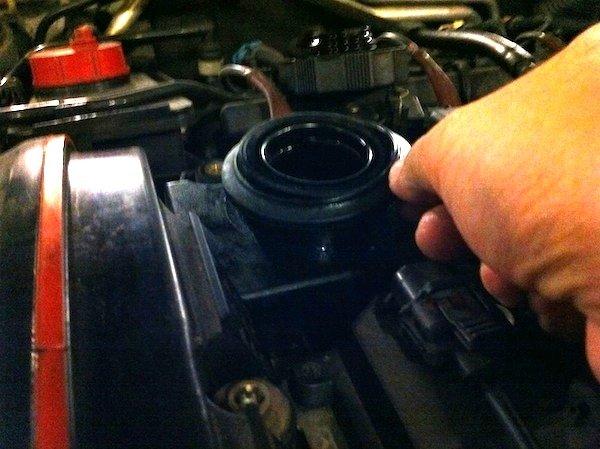 alfa romeo 147 removing engine cover