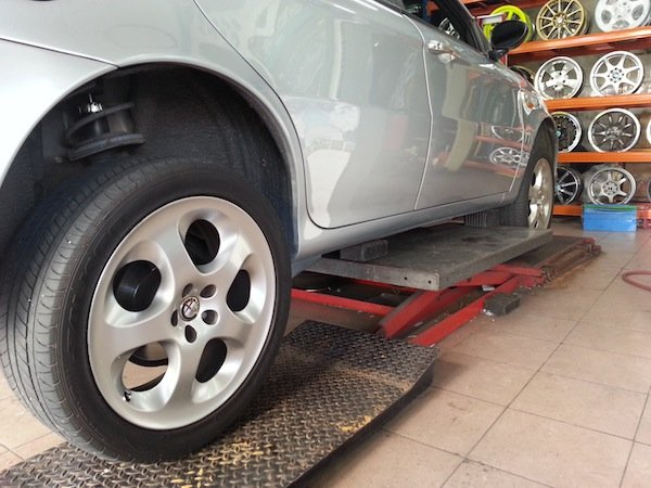 potholes dented wheels