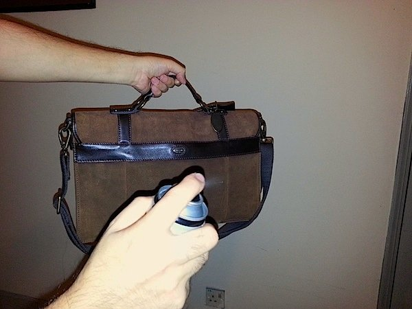 how to waterproof leather bag